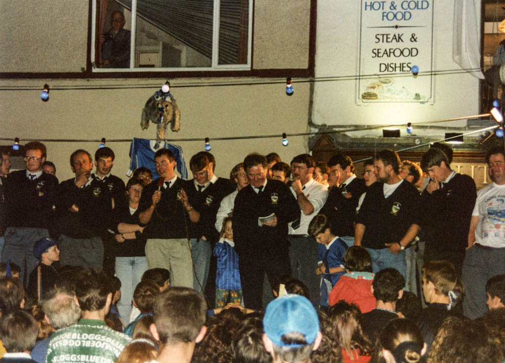 James O Shea (capt.) addressed the Laune Rangers supporters in The Square 1993