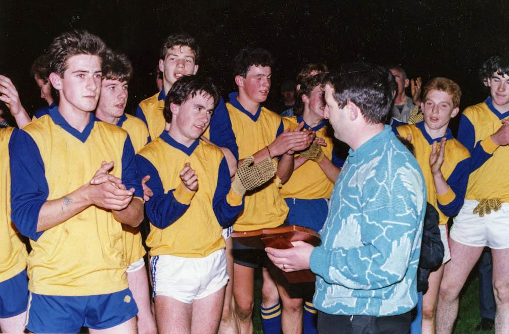 Presentation of trophy to Mid-Kerry captain, Kieran O Shea
